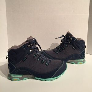Ahnu Sugar pine II Insignia Blue Hiking Boots